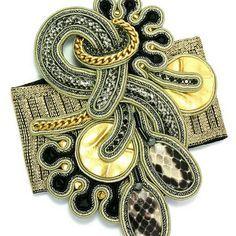 Make a couture stayement with Dori's Impression bracelet... #doricsengeri #couturejewelry #statementbracelet #highfashion #designerjewellery