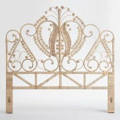 This natural Rattan super king headboard is handmade from natural Rattan using wicker techniques to create a retro peacock design. Rattan Headboard, Wicker Bedroom, Panel Headboard, Headboard Ideas, Rustic Headboards, Daybed, Bedroom Ideas, Bedroom Decor, Beach House Furniture