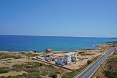 Lägenhet i Kyrenia, North Cyprus North Cyprus, Creature Comforts, Contemporary Style, Bungalow, Beach, Water, Outdoor, Gripe Water, Outdoors