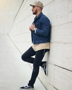 Outfit on point Follow @mensfashion_guide for more! By @lownils #mensfashion_guide #mensguides