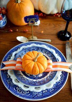 Gorgeous 48 Beautiful Thanksgiving Decor Ideas https://homeylife.com/48-beautiful-thanksgiving-decor-ideas/