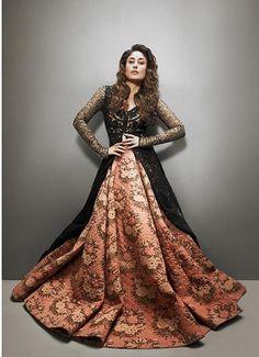 Blog - #TCBTop5 Indian Fashion Designers - Sabyasachi Mukherjee