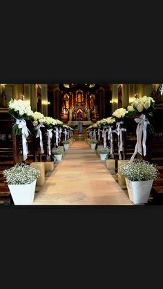 Ornamentação de igreja para casamento