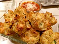 Cauliflower And Cheese Fritters - They're Unbelievable! Cauliflower Bread, Cauliflower Fritters, Cauliflower Bites, Cauliflower Recipes, Almond Recipes, Low Carb Recipes, Bread Replacement, Crockpot Recipes, Cooking Recipes