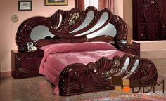 Modrest Vanity Mahogany - Italian Classic Bedroom Set by VIG Furniture White Bedroom Set, 5 Piece Bedroom Set, Bedroom Sets, Bedroom Furniture Online, Bed Furniture, Furniture Design, Moderne Couch, Double Bed Designs, Bedroom Bed Design