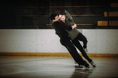 On set with Tessa & Scott. for W Network. -FLOFOTO.ca #flofoto #flofoto1 #onset #bts #behindthescenes #tessaandscott #skating #skate #goldmedalists #olympians #tv #wnetwork #icedancing #setlife #stillsphotographer #stillsphotography #olypmicmedalists #training #olympictraining #flofotophotography
