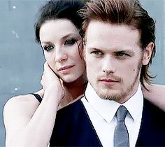 Vive les Frasers | Reasons I think Sam & Cait are together, in gifs...