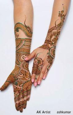 Mehandi Henna Mehndi, Mehendi, Hand Henna, Mehndi Designs Book, Mahendi Design, Artist Portfolio, Henna Artist, Green Accents, Beautiful Eyes