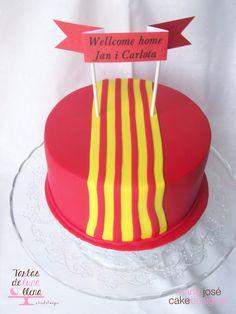 Tarta Wellcome home Tarta amb Sanyera Catalana Benvinguts a casa www.tartasdelunallena.blogspot.com maria jose cake designer