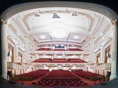 Shubert Theater – Boston Comedy Blowout Steve Sweeney Don Gavin Tony V Orlando Baxter Christine Hurley