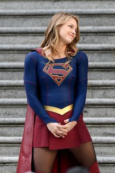Melissa Benoist Films Supergirl Finale Scenes Of the Third Melissa Marie Benoist, Melissa Benoist Hot, Kara Danvers Supergirl, Supergirl Tv, Supergirl And Flash, Supergirl Pictures, Melissa Supergirl, Polo Shirt Women, Polo Shirts