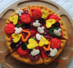 Felt Pizza Pepperoni Felt Food eco friendly childrens por decocarin