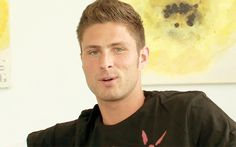 Or how about Olivier Giroud blowing you a kiss? | Can You Make It Through All These Sexy Soccer Players Without Breaking A Sweat?