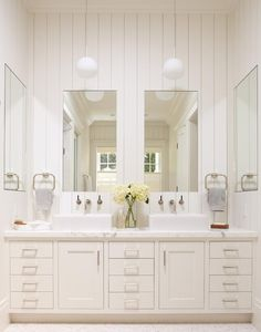 I like the simple design and pared down colour scheme in this bathroom.