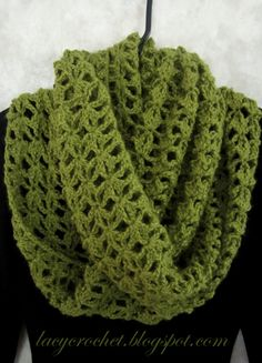 Lacy Infinity Scarf, free crochet pattern - Skill Level: Easy - Materials: Baby Alpaca Worsted Glow yarn , 5 balls - Crochet Hook US size F (3.75 mm)