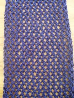 Baljaffray Handknits: Free Knitting Pattern - Honeycomb Scarf