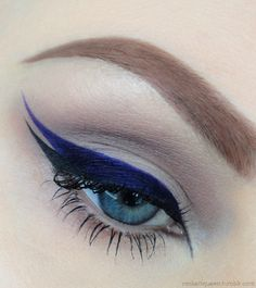 double color double wing eyeliner