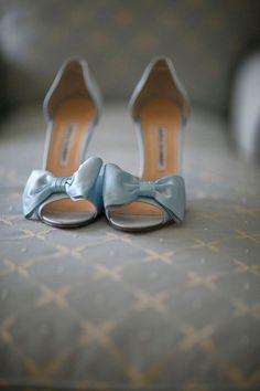 Pale blue bow heels. Manolo Blahnik. Keywords: #lightblueweddings #jevelweddingplanning Follow Us: www.jevelweddingplanning.com www.facebook.com/jevelweddingplanning/