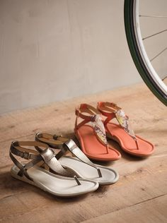 Perfect sandals for wandering LA #wanderingsole
