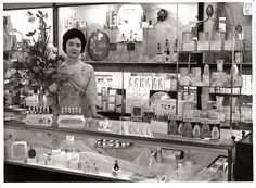 The Non-Blonde: Collecting Vintage Perfumes- Ask The Non-Blonde (P...