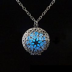 Steampunk Pretty Magic Round Fairy Locket Glow In The Dark Pendant Necklace Gift Glowing Luminous Vintage Necklaces JJAL N280