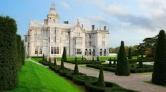 In the land of a hundred thousand welcomes, this one is yours. Discover your dream vacation in Ireland at a spellbinding castle hotel, Adare Manor. Most Beautiful Gardens, Beautiful Castles, Beautiful Homes, Beautiful Places, Beaux Arts Architecture, Beautiful Architecture, Adare Manor, Summer Palace, Voyage Europe