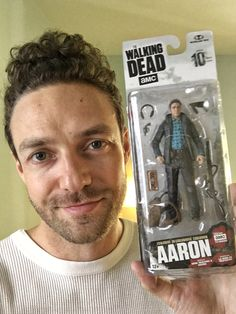 """msdoomandgloom: """"""""rossmarquand: Look ma, I'm an action figure! Just in time for the mid-season premiere, y'all…pick me up at today! The Walking Dead, Rick And Carl, Ross Marquand, Dead Still, Amc Twd, Dead King, Glenn Rhee, Season Premiere, Dead Inside"""