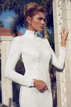 Uzun Kollu Gelinlik Modelleri #gelinlikmodelleri   #2014gelinlikmodelleri   #weddingdress   #weddingdresses2014   #sposa   #baliketekgelinlik   #bridal  #gelinlik  http://enmodagelinlik.com/uzun-kollu-gelinlik-modelleri-1/