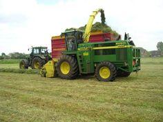 John Deere Equipment, John Deere Tractors, Farm Wedding, Farm Life, Farmers, Agriculture, Harvest, Plant, Rustic