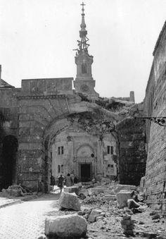 Budapest, 1945. The Gate of Vienna