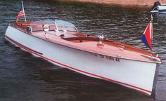 Have you been thinking about building your own boat, but think it may be too much hassle? Don't give up on your dream just yet! It is true that boat plans can be pretty complicated. Wooden Speed Boats, Chris Craft Boats, Classic Wooden Boats, Old Boats, Sail Boats, Arizona, Vintage Boats, Charter Boat, Boat Design