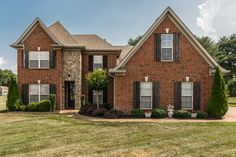 Affordable luxury in this lakefront community in Gallatin TN