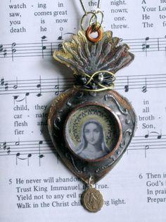 Sacred Heart Soldered Necklace