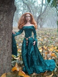 About Erin: Glinda repaint by Tracy Weston, costume by me.