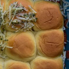 Simple KidFriendly Sliders is part of Ranch Veggie pizza Food - (Family Features) For those busy nights plan, on this simple yet savory sliders recipe Kids are almost certain to love the taste and you will enjoy h Quesadillas, Pizza Slider, Cake Candy, Slider Sandwiches, Tailgate Food, Tailgating, Slider Recipes, Soup And Sandwich, Football Food