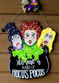 Hocus Pocus Halloween Door Hanger Thanks for stopping by my shop! Let's get you into the Halloween Spirit Halloween Yard Art, Halloween Door Hangers, Halloween Door Decorations, Halloween Painting, Halloween Images, Spirit Halloween, Holidays Halloween, Spooky Halloween, Halloween Crafts