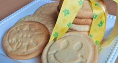 Keksz recept sütipecséthez - Sütemény gyerekeknek Cupcake, Cookies, Food, Crack Crackers, Biscuits, Cupcakes, Cookie Recipes, Meals, Cupcake Cakes