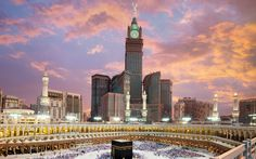 Abraj Al-Bait Clock Tower, Mecca feet) ~ The highest tower of the Abraj Al-Bait complex to house pilgrims who flock to Mecca, this tower displays the 4 largest & highest clock facades in the world. Masjid Haram, Mecca Masjid, Mecca Madinah, Islamic Wallpaper Hd, Mecca Wallpaper, Eagle Wallpaper, Eyes Wallpaper, Laptop Wallpaper, Islamic Architecture