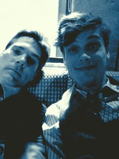 Thomas Gibson& Matthew Grey Gubler -Criminal Minds. One of my all time fave shows  Idk why but this is super cute.