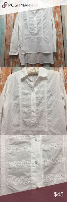 """🔥🔥Sundance white lace top size XS🔥🔥 Hi-low shirt with lace . Pit to pit  20"""" , length front 24"""" back 28"""" Sundance Tops Blouses"""