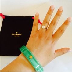 ✨Brand new! Kate Spade Beryl Green Bangle Super cute, green and sassy bangle perfect for work and going out! Great as gift. Comes with dust bag. kate spade Jewelry Bracelets