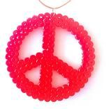 Peace necklace juni_phistermedister_hama_peace_roed.jpg 156×157 pixels