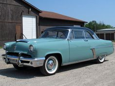 Frame-off restoration. Overdrive. Everything works. Ready to show or tour. - Classic Mercury Monterey 1952 for sale