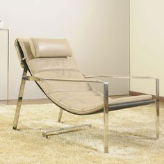 Fionda Lounge Chair made by Moda Italiana.