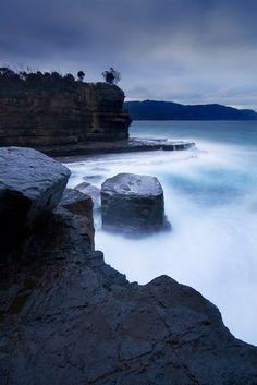 Fossil Bay, Tasman Peninsula, #Tasmania (Photo taken by JJ Harrison) - #Australia - #travel