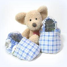 Chaussons bébé souples coton bleu motif animaux taille 6/9 mois Tricotmuse : Mode Bébé par tricotmuse
