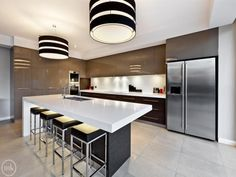 Looking for a new kitchen or simply love admiring pretty kitchen images? We've got collections of fantastic kitchen photos to feast your eyes on. Open Plan Kitchen, New Kitchen, Kitchen Ideas, Kitchen Designs, Kitchen Images, Kitchen Photos, Australian Homes, Home Kitchens, Modern Kitchens