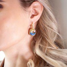 Those festive moments full of artistic shine ✨ Diamond Earrings, Drop Earrings, Online Boutiques, Fine Jewelry, Jewellery, Festive, Enamel, Jewels, Accessories