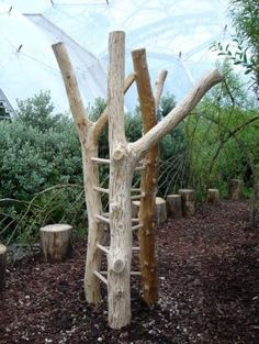 I want to climb on this! natural playground ideas Inspired by nature Natural Play Spaces, Outdoor Play Spaces, Outdoor Fun, Backyard Playground, Playground Ideas, Cat Playground, Diy Swing, Sensory Garden, Kids Play Area