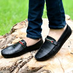 Casual Shoes Men Loafer Shoes Material: Synthetic Sole Material: PVC Fastening & Back Detail: Slip-On Pattern: Printed Multipack: 1 Sizes:  IND-7 IND-6 IND-10 IND-9 IND-8 Country of Origin: India Sizes Available: IND-7, IND-8, IND-9, IND-10   Catalog Rating: ★4 (455)  Catalog Name: Unique Graceful Men Shoes CatalogID_776155 C67-SC1235 Code: 664-5238911-947